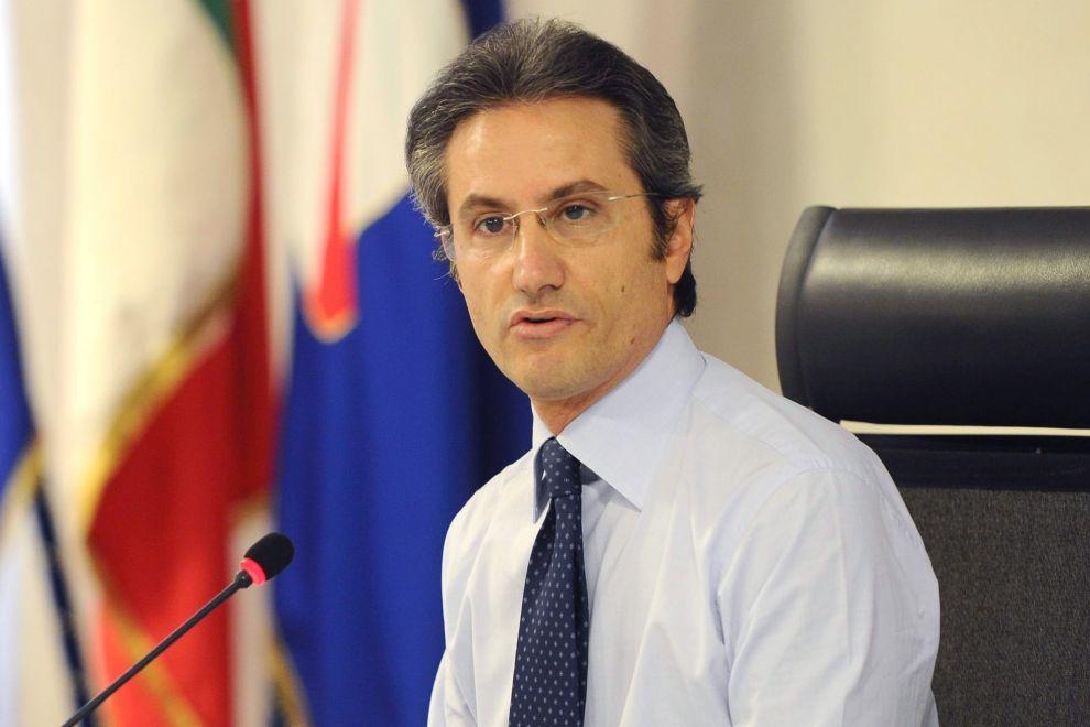 Campania, Gd: Caldoro prepari i pacchi e vada a casa
