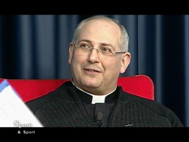 Lo Stato sociale e i quotidiani miracoli della Chiesa