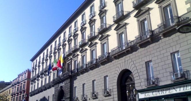 Tagli ai Comuni: Napoli e Palermo vicini al crac, Salerno rischia