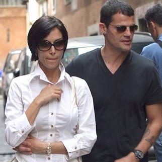 Il gossip politico impazza su Fb e ce n'è anche per Mara e Marco
