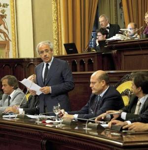 Cala il sipario sul 'pasticcio' siciliano: si è dimesso Lombardo