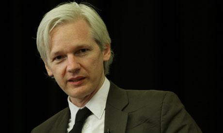 Per Assange si rischia la crisi internazionale Ecuador-Londra