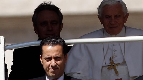 Caccia a mister X, Y e W nei misteri del Vaticano