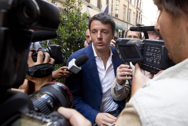 A de Magistris non va bene nemmeno Renzi: troppo liberista