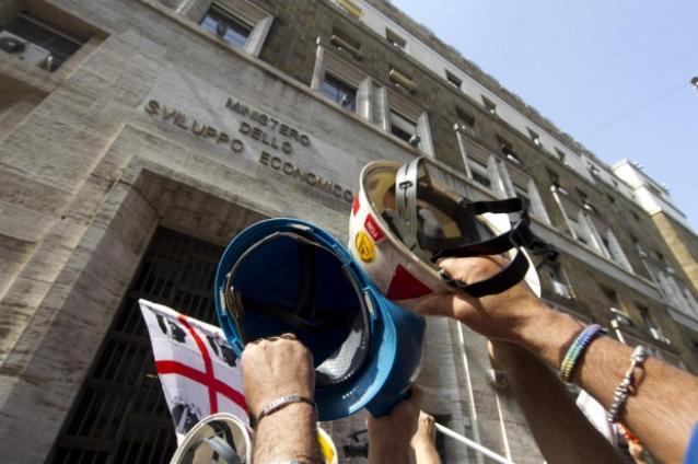 La rabbia e le proteste non bastano, l'Alcoa verso la chiusura