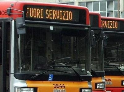 Trasporto pubblico in Campania, il Codacons denuncia tutti