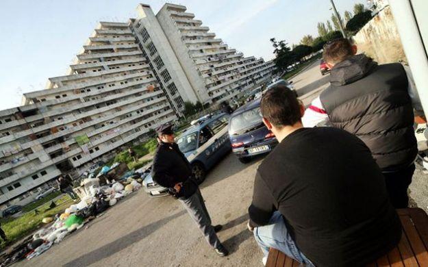 La faida di Scampia non si ferma: ucciso in un bar Raffaele Abate