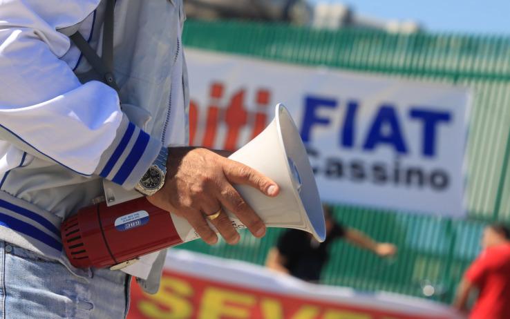 Fiat: sussurri e grida a Pomigliano, incubo blocchi