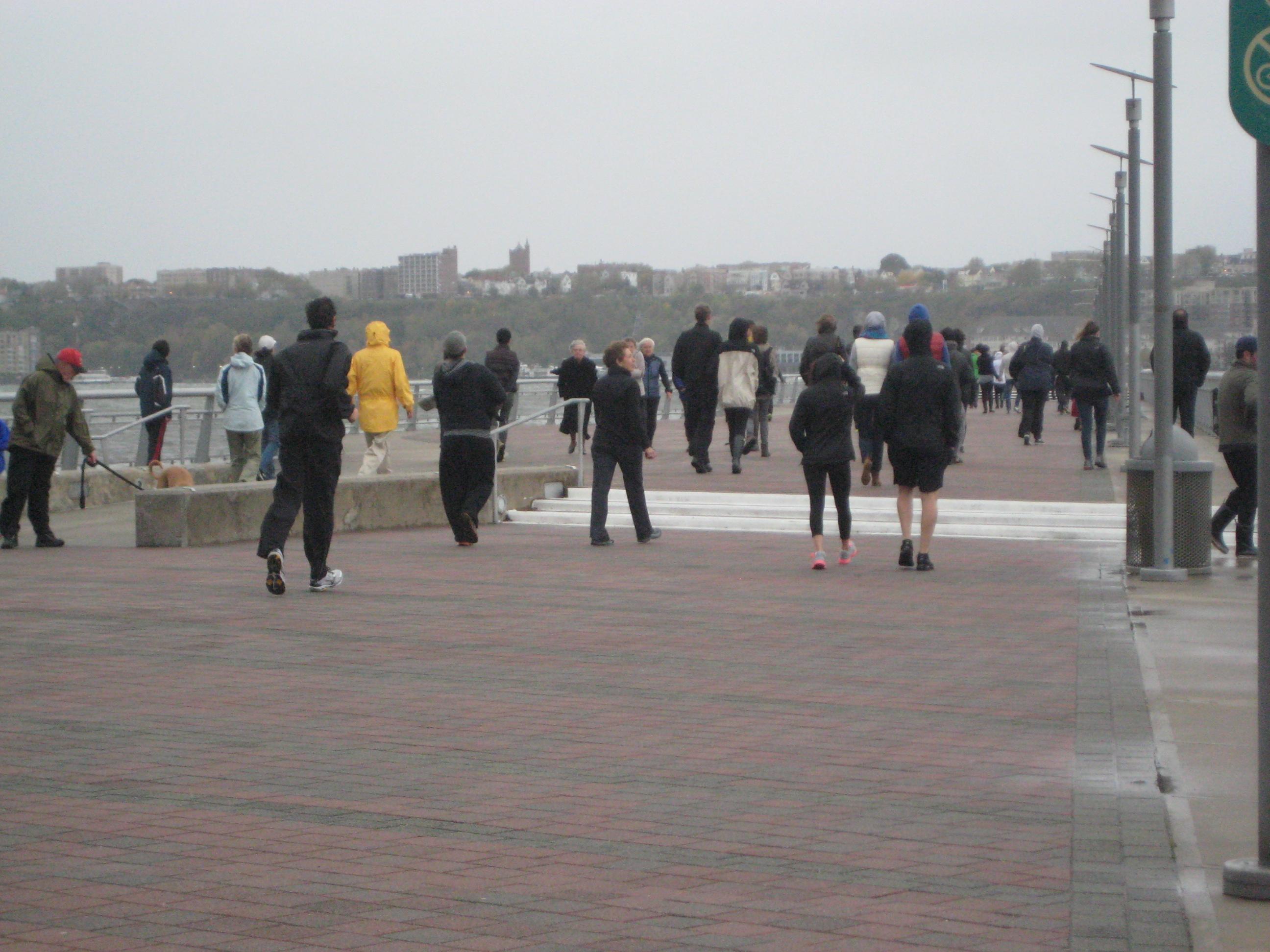 Ecco Sandy, nella sua lenta marcia in direzione di New York