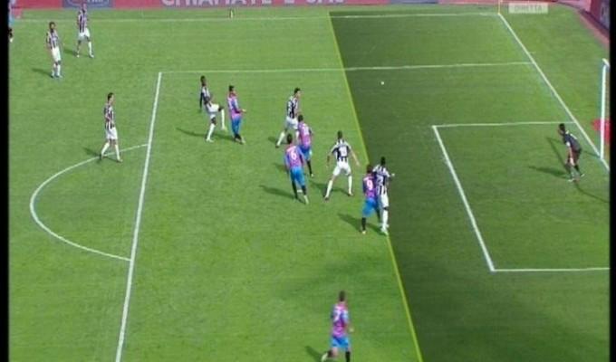Pasticcio degli arbitri a Catania, tutti contro la Juve