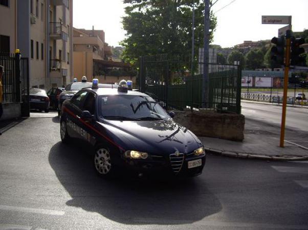 Taranto: padre uccide la figlia e poi si suicida