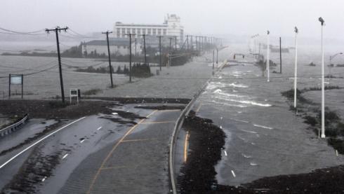 L'uragano Sandy lascia gli Usa in ginocchio, New Jersey a pezzi