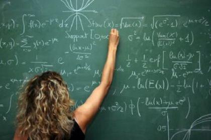 Sei ore di lavoro in più per i docenti con la stessa paga