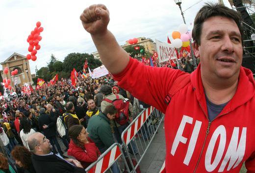 Fiat Pomigliano, Marchionne scatena la guerra tra lavoratori