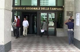 Regione Campania, nei rimborsi dei consiglieri anche le sigarette