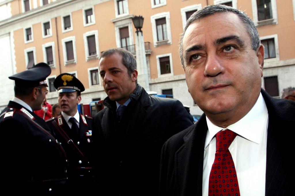 """Scotto (Sel): Alfano sia chiaro sugli """"impresentabili"""" anche in Campania"""