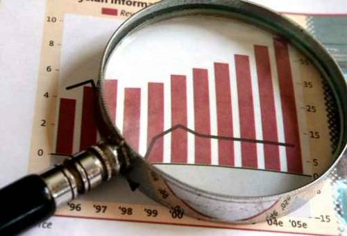 """Il Pd quasi al 26%, il Pdl al 14 e Grillo sfonda il """"tetto"""" del 20"""
