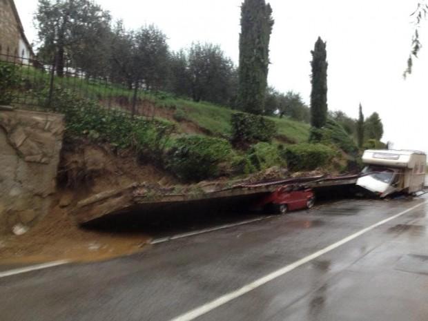 Maltempo in Toscana: si aggrava il bilancio, cinque morti