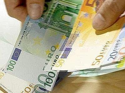 Pensionato trovato con Jaguar e un patrimonio di 100milioni di euro