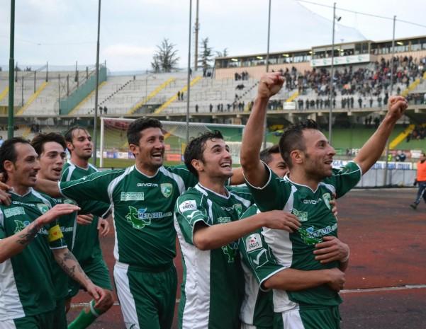 Prima Divisione, Avellino a -3 dalla vetta. Benevento in crisi