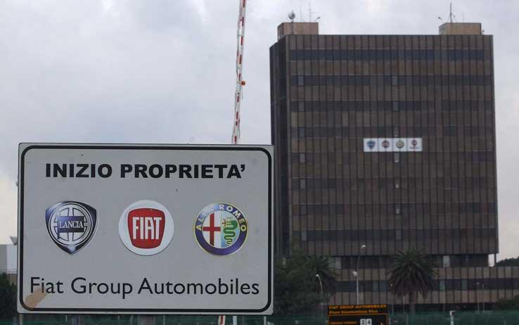 Fiat Pomigliano, rientrano i primi cinque lavoratori Fiom