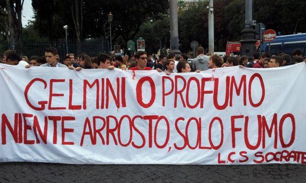 Scuola, perché le leggi di Monti sono peggiori di quelle di Berlusconi