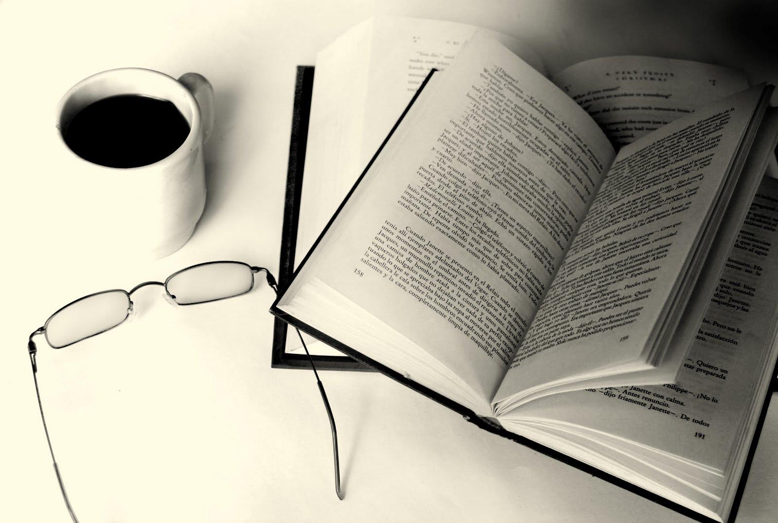 Il libro / L'Io è una finestra dalla quale affacciarsi al mondo