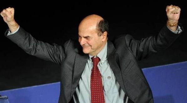 Scandalo primarie Pd e Sel in Campania, irrompono i carabinieri