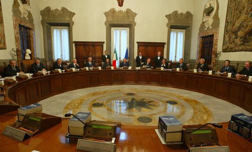 Il Governo ha varato il decreto per la incandidabilità di condannati