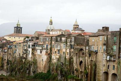 Sant'Agata dei Goti, sulle tracce della Saticula