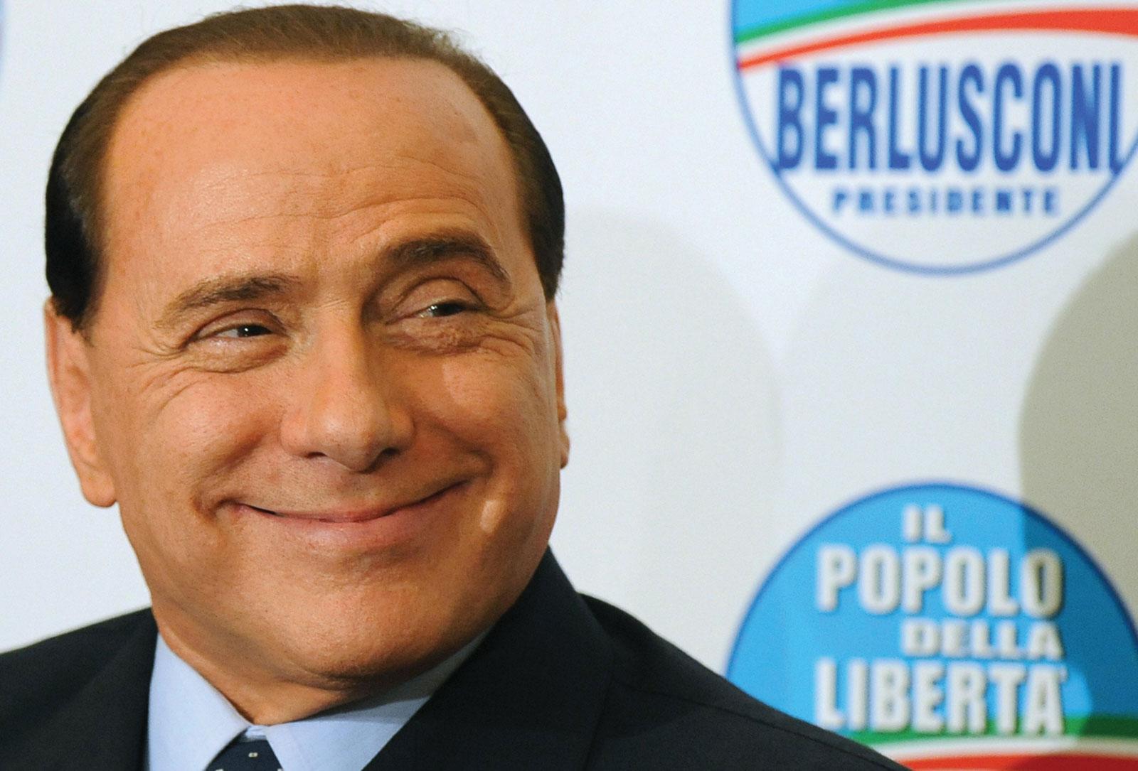Berlusconi torna il solito Berlusconi: in campo contro le tasse