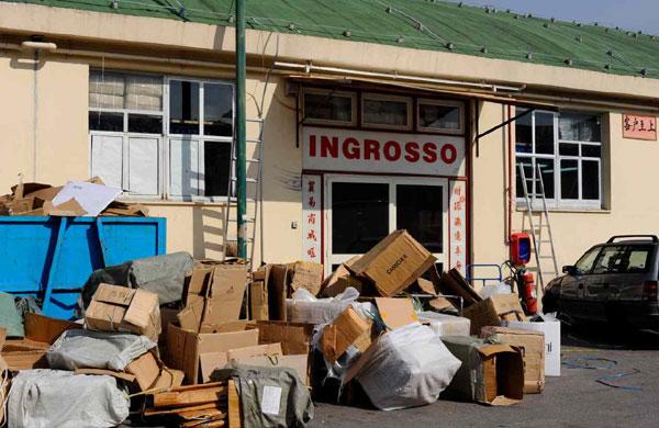 Vedi Napoli e poi cresci: allarmante boom di imprese cinesi