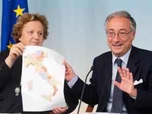 Il ritorno di Berlusconi cancella il taglio delle Province