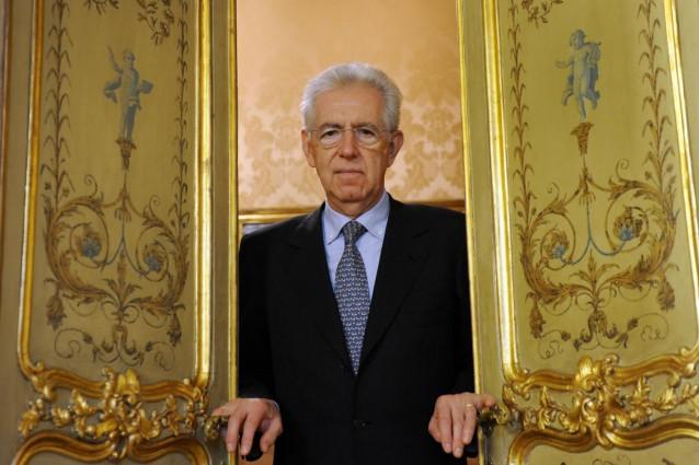 Monti rassegna le dimissioni, l'Italia spedita verso le elezioni