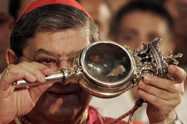 Si è sciolto il sangue di San Gennaro dopo due ore di preghiere