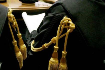 Ecco come si copia agli esami di Stato per avvocato