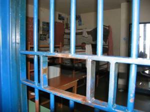 Detenuto in ospedale tenta di fuggire, arrestato a Salerno
