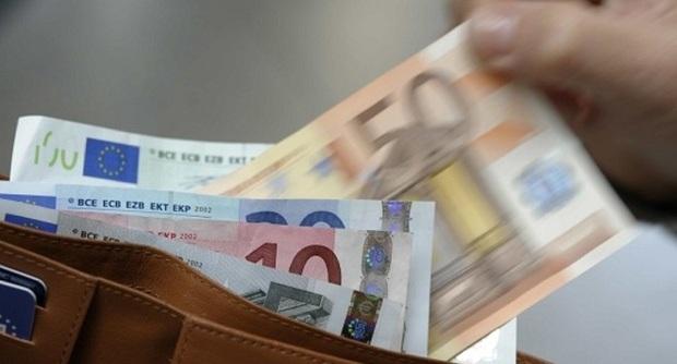 Di male in peggio, arrivano altre tre tasse per gli italiani