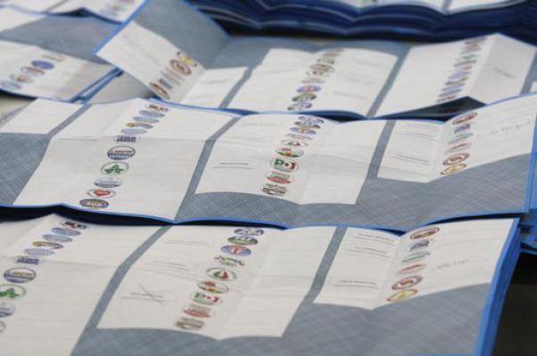 Fini, Bonino e Allam: è ressa ad un posto in lista in Campania