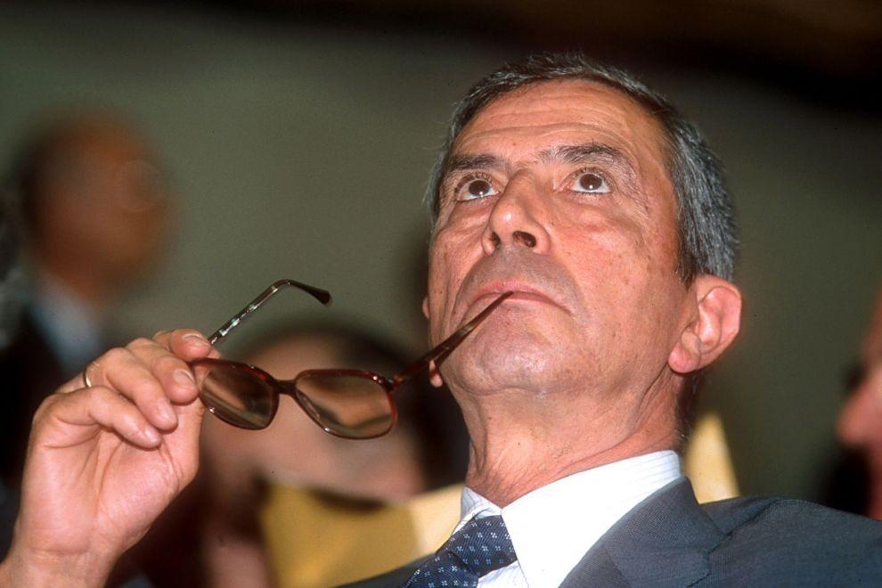 """Morto Spaventa, l'economista che """"sfidò"""" Berlusconi"""