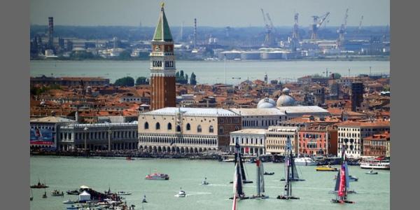 Mostra a Palazzo Merati alla 55. Biennale di Venezia –  Un salotto per l'arte