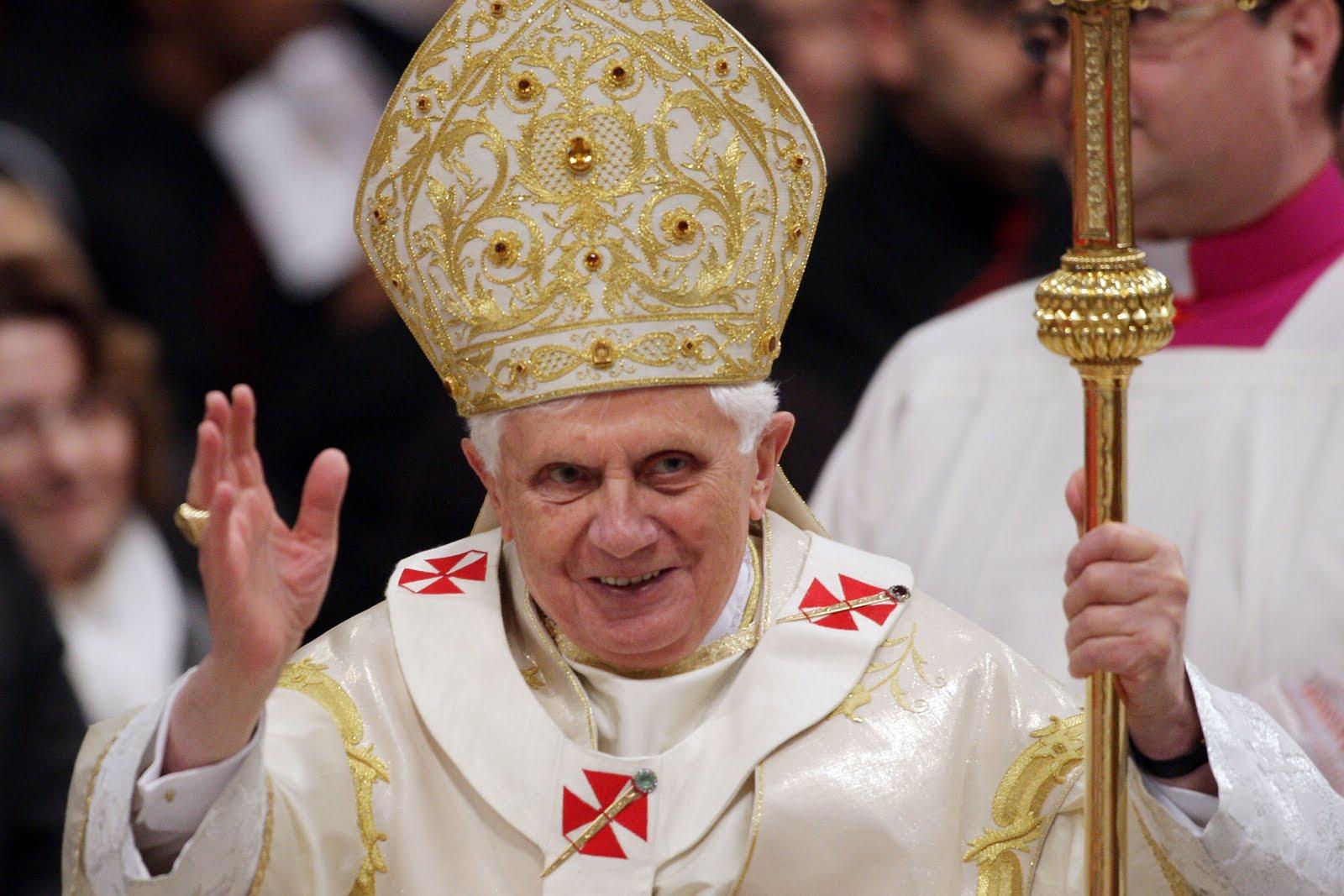 Il Papa si dimette, lascerà il pontificato il 28 febbraio