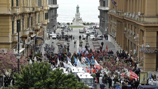 Campania maglia nera d'Italia per il governo regionale imbelle