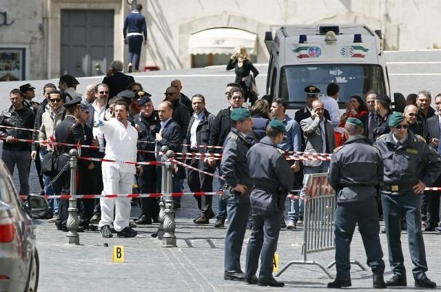 L'attentato, le foto della tragedia e l'essenzialità della notizia