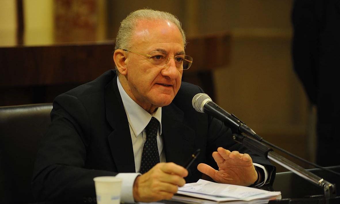 """Nel """"regno"""" di De Luca è rivolta contro la dirigenza del Pd"""