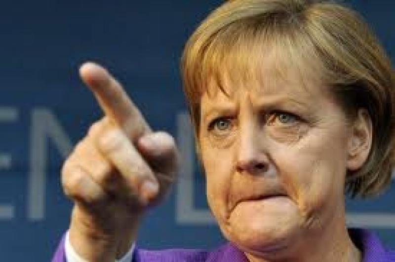 Il Cavaliere è ridicolo, ma la Germania ci stritola