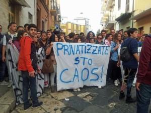 Ironia-sulle-privatizzazioni-della-scuola-annunciate
