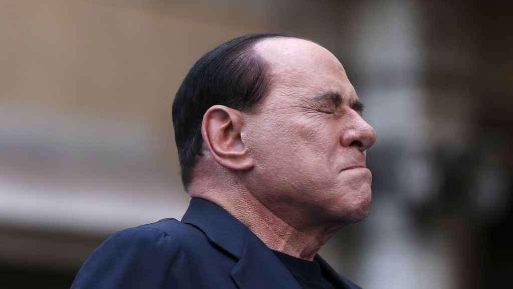 Berlusconi, la decadenza e l'albero di Bertoldo