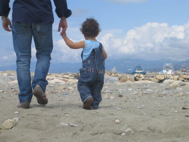 Centralità della famiglia e recupero del ruolo paterno