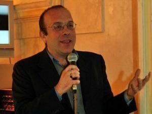 Il prof. Alfonso Amendola